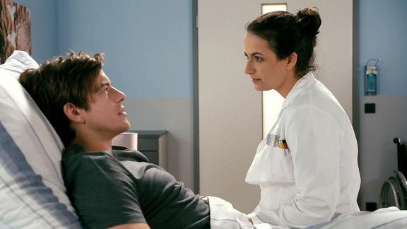 Ben Ahlbeck und Dr. Leyla Sherbaz