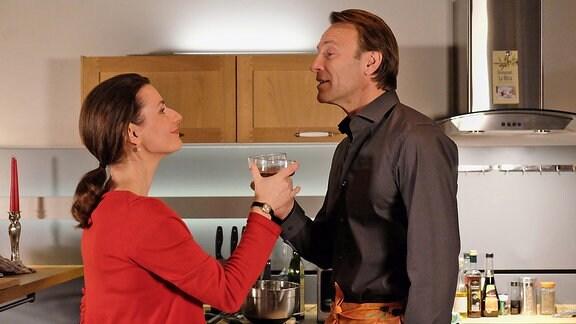 Dr. Maria Weber (Annett Renneberg) und Dr. Martin Stein (Bernhard Bettermann)