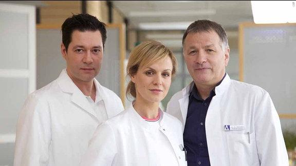 Thomas Koch (Dr. Philipp Brentano), Anja Nejarri (Dr. Lea Peters), Thomas Rühmann (Dr. Roland Heilmann)