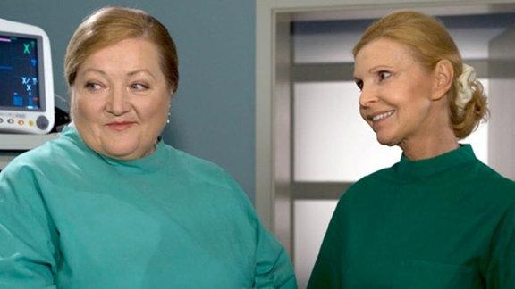 Helga Schulze kümmert sich rührend um ihren Mann.