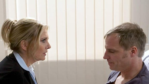 Mereth Wagner macht ihrem Mann klar, warum sie ihn verlassen hat.