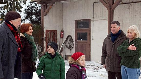 Familie Heilmann besucht Klara und Lutz.