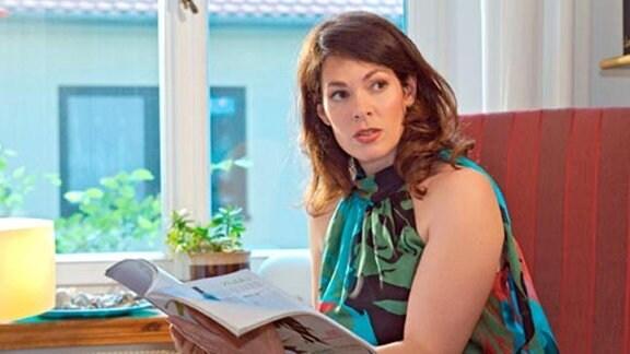 Elena ist skeptisch: Ist Valentin etwa verheiratet?