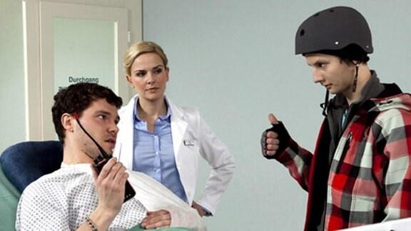 Ben muss in der Sachsenklinik operiert werden.