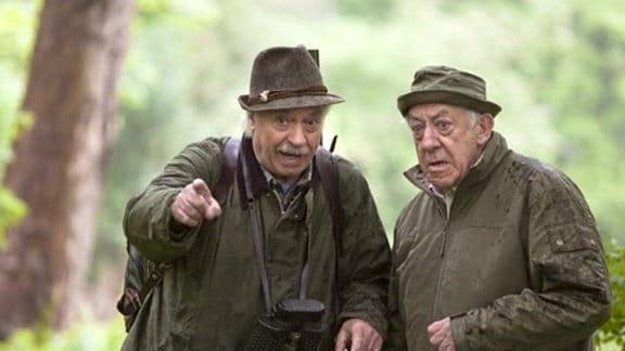 Der jagderfahrene Robert erklärt seinem Freund Fritz das Jägerlatein.