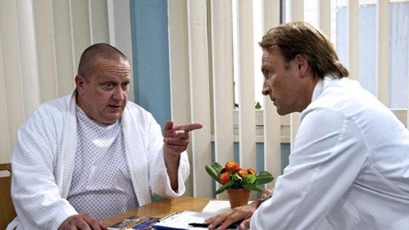 Eberhard Schmidt lehnt eine Operation ab.