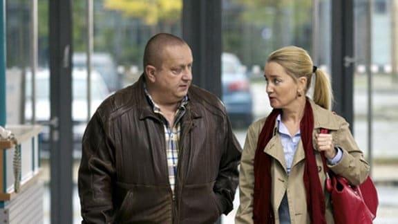 Eberhard Schmidt und seine Frau Doris kommen in die Sachsenklinik.