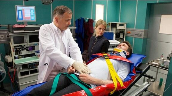Dr. Roland Heilmann in der Notaufnahme