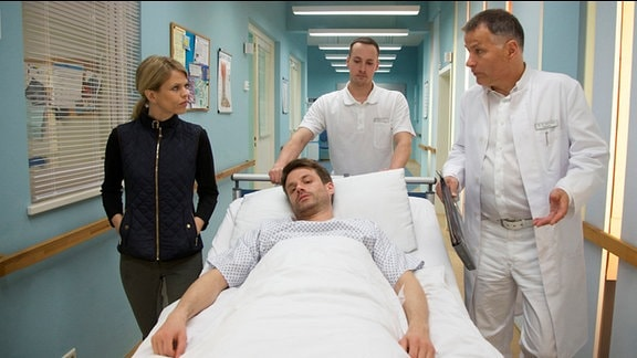 Sebastian von Lahnstein im Krankenbett