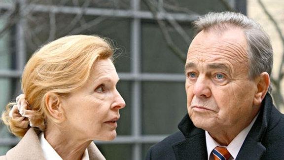 Ingrid traut Rebecca zu, die Insulindosierung verstellt zu haben.