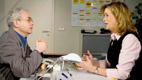 Was erreicht Ottmar mit seinem neuen Wissen bei Sarah?