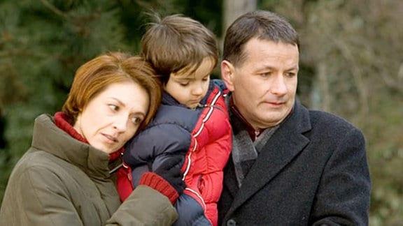 Die Trauer um ihre Tochter stürzt Roland und Pia in eine Krise.