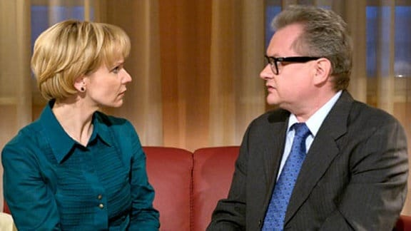 Kathrin Globisch weist Dr. Sitzler ab.