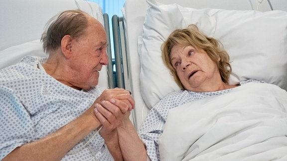 Christel Wusthoff (Ingeborg Krabbe) leidet an Krebs im Endstadium. Nach 50 Ehejahren wollen sie und ihr geliebter Mann Fritz (Herbert Köfer) gemeinsam und selbstbestimmt gehen. Doch ihr Suizidversuch ist gescheitert. Fritz drängt Christel zu einem weiteren Versuch, doch Christel weiß inzwischen, dass es falsch ist: Fritz hat noch ein paar schöne und gesunde Jahre vor sich. Doch Fritz will ohne seine Christel nicht weiterleben.