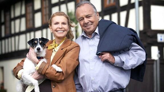 Hund Hugo, Jutta Kammann (Oberschwester Ingrid Rischke), Dieter Bellmann (Prof. Gernot Simoni).