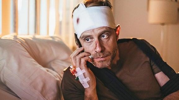 Dr. Kai Hoffmann (Julian Weigend)