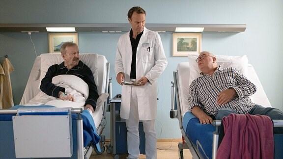 Gerhard Garbers als Berthold Schüller, Bernhard Bettermann als Dr. Martin Stein und Peter Rauch als Hans Dallwitz