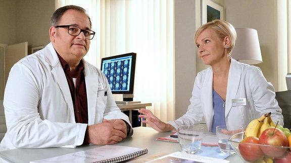 Hans-Peter Brenner im Gespräch mit Dr. Kathrin Globisch.