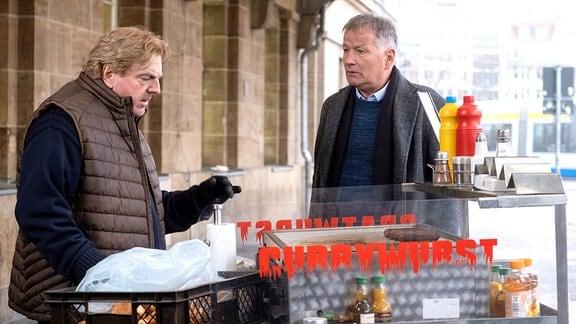 Thomas Rühmann als Roland Heilmann und Hans-Jürgen Alf als Paul Strahlke