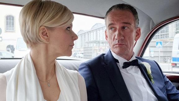 Alexander Weber (Heio von Stetten) hat Kathrin Globisch (Andrea Kathrin Loewig) alles gebeichtet.