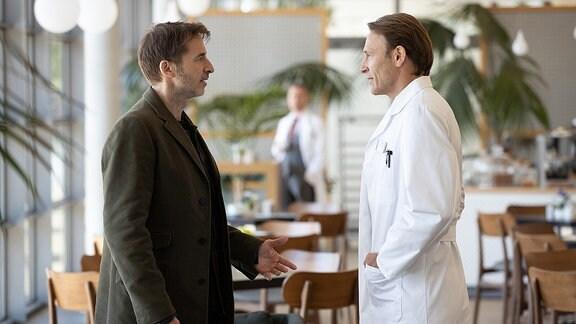 Dr. Martin Stein (Bernhard Bettermann) und Tobias Rauch (Guido Broscheit)