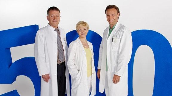 Styropor 500. Dr. Roland Heilmann (Thomas Rühmann), Dr. Kathrin Globisch (Andrea Kathrin Loewig), Dr. Martin Stein (Bernhard Bettermann)