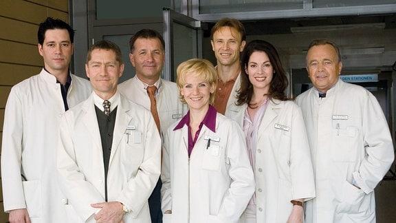 Thomas Koch, Udo Schenk, Thomas Rühmann, Andrea Kathrin Loewig, Bernhard Bettermann, Cheryl Shepard, Dieter Bellmann (v.l.)