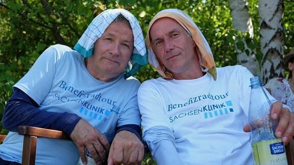 Thomas Rühmann und Holger Daemgen drehen bei großer Hitze