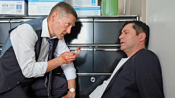 Dr. Kaminski (Udo Schenk) und Dr. Philipp Brentano (Thomas Koch)
