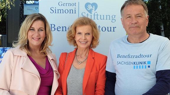 Alexa Maria Surholt, Jutta Kammann und Thomas Rühmann bei Dreh.