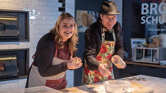 Christina Petersen und Thomas Koch lachen