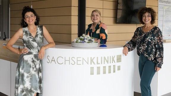 Liza Tzschirner Christina Petersen und Isabel Varell