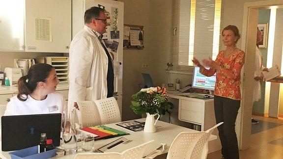 Arzu Bazman, Michael Trischan und Jutta Kammann