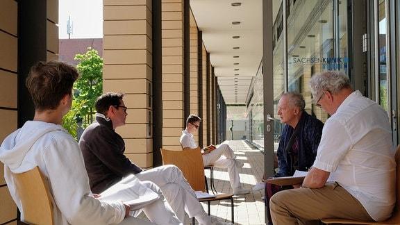 Jascha Rust, Thomas Koch_Falk Rockstroh und Wilhelm Engelhardt bei einer Textprobe