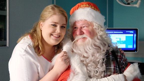 Christina Petersen und Weihnachtsmann