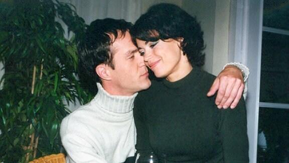 Achim Kreutzer (Holger Daemgen) glaubt endlich die Frau fürs Leben gefunden zu haben. Nur trägt Claudia Kaufmann (Gerit Kling) ein dunkles Geheimnis...