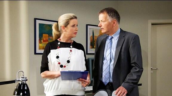 Sarah Marquardt und Dr. Heilmann