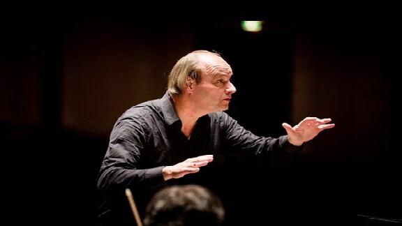 Der Dirigent Jan Willem de Vriend