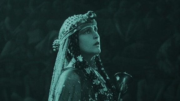 """Bild aus dem Stummfilm """"Das Weib des Pharao"""""""