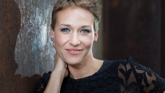 Porträt der Sängerin Johanna Winkel