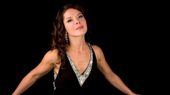 Porträt der Sängerin Katija Dragojevic