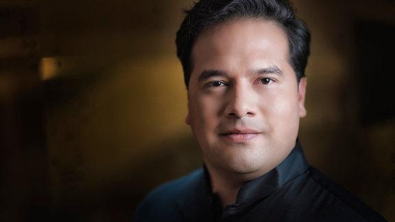 Dirigent Robert Trevino im Porträt