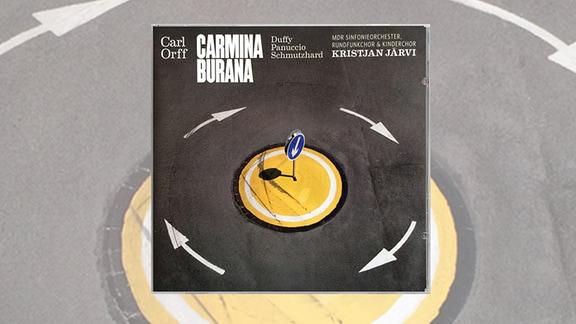 """Cover der CD """"Carmina Burana"""" es MDR-Sinfonieorchesters. Das Bild zeigt einen Kreisverkehr"""