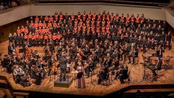Der MDR-Kinderchor im Konzert mit dem MDR-Sinfonieorchester