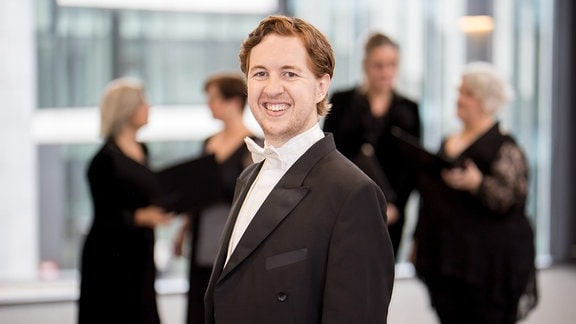 Alexander Davey Knight, Bass im MDR-Rundfunkchor