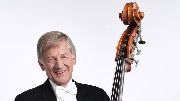 Bernd Strauß, Mitglied im MDR-Sinfonieorchester