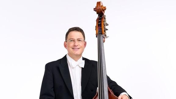 Christopher Beuchert, Mitglied im MDR-Sinfonieorchester