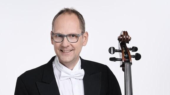 Dietmar Korth, Mitglied im MDR-Sinfonieorchester