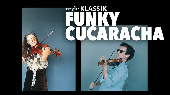 Annemarie Gäbler und Adam Markowski aus dem MDR-Sinfonieorchester spielen Geige im Hippie-Outfit und mit Sonnenbrillen.
