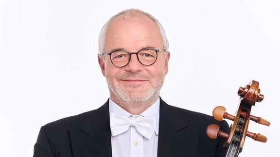 Michael Pfaender, Mitglied im MDR-Sinfonieorchester